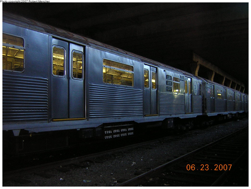 (192k, 1044x788)<br><b>Country:</b> United States<br><b>City:</b> New York<br><b>System:</b> New York City Transit<br><b>Location:</b> Pitkin Yard/Shops<br><b>Car:</b> R-38 (St. Louis, 1966-1967)  4041 <br><b>Photo by:</b> Robert Mencher<br><b>Date:</b> 6/23/2007<br><b>Viewed (this week/total):</b> 5 / 2481
