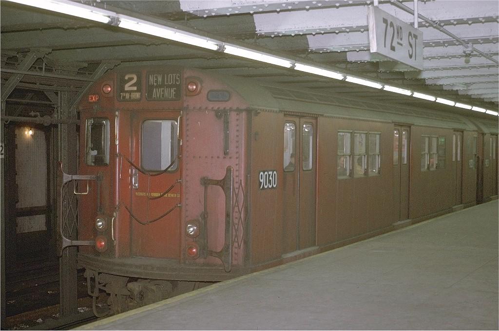 (206k, 1024x680)<br><b>Country:</b> United States<br><b>City:</b> New York<br><b>System:</b> New York City Transit<br><b>Line:</b> IRT West Side Line<br><b>Location:</b> 72nd Street <br><b>Route:</b> 2<br><b>Car:</b> R-33 Main Line (St. Louis, 1962-63) 9030 <br><b>Photo by:</b> Joe Testagrose<br><b>Date:</b> 1/30/1971<br><b>Viewed (this week/total):</b> 0 / 2026