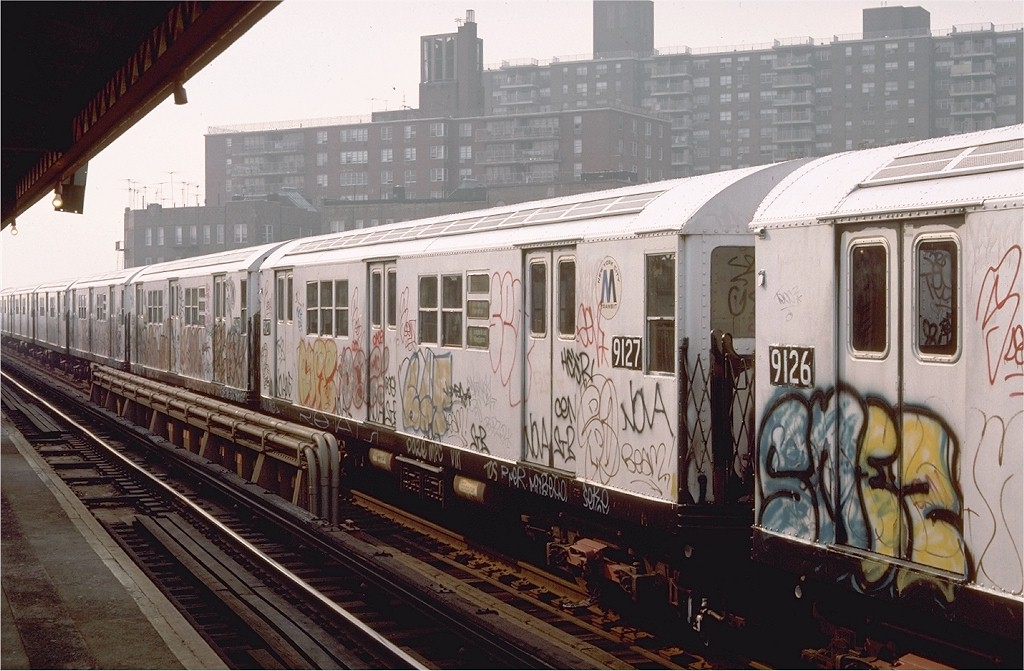 (204k, 1024x671)<br><b>Country:</b> United States<br><b>City:</b> New York<br><b>System:</b> New York City Transit<br><b>Line:</b> IRT Pelham Line<br><b>Location:</b> Buhre Avenue <br><b>Route:</b> 6<br><b>Car:</b> R-33 Main Line (St. Louis, 1962-63) 9127 <br><b>Photo by:</b> Steve Zabel<br><b>Collection of:</b> Joe Testagrose<br><b>Date:</b> 11/8/1987<br><b>Viewed (this week/total):</b> 0 / 3584