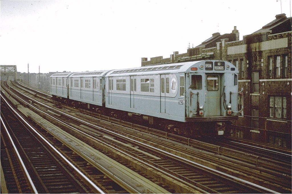 (215k, 1024x682)<br><b>Country:</b> United States<br><b>City:</b> New York<br><b>System:</b> New York City Transit<br><b>Line:</b> IRT Pelham Line<br><b>Location:</b> Elder Avenue <br><b>Car:</b> R-33 World's Fair (St. Louis, 1963-64) 9327 <br><b>Photo by:</b> Joe Testagrose<br><b>Date:</b> 9/20/1971<br><b>Viewed (this week/total):</b> 4 / 1775