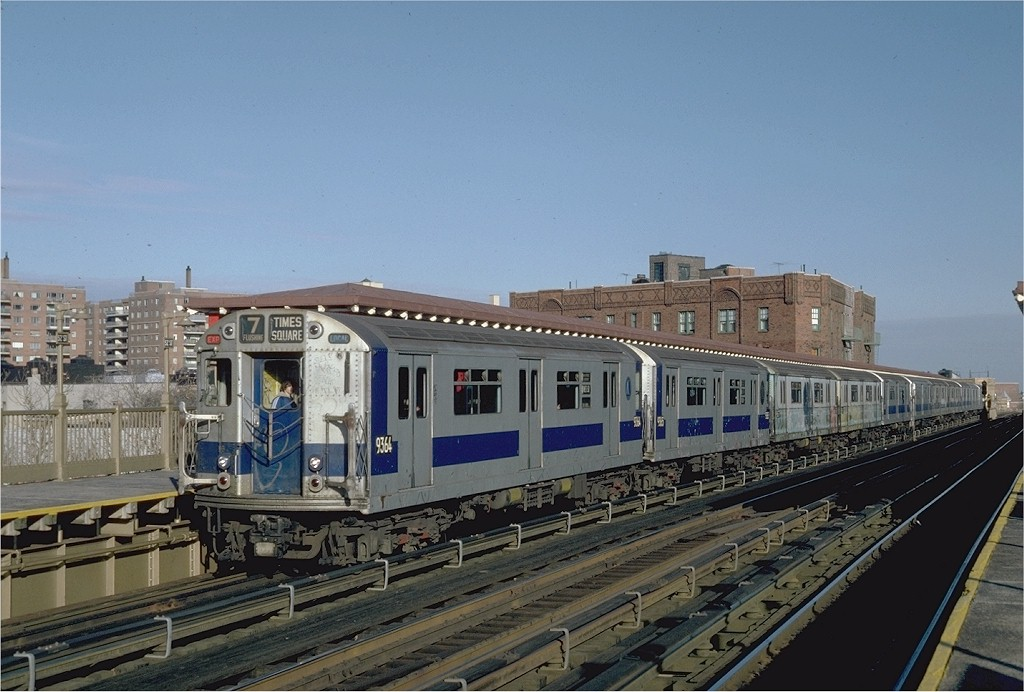(185k, 1024x692)<br><b>Country:</b> United States<br><b>City:</b> New York<br><b>System:</b> New York City Transit<br><b>Line:</b> IRT Flushing Line<br><b>Location:</b> 52nd Street/Lincoln Avenue <br><b>Route:</b> 7<br><b>Car:</b> R-36 World's Fair (St. Louis, 1963-64) 9364 <br><b>Photo by:</b> Steve Zabel<br><b>Collection of:</b> Joe Testagrose<br><b>Date:</b> 12/11/1981<br><b>Viewed (this week/total):</b> 0 / 2105