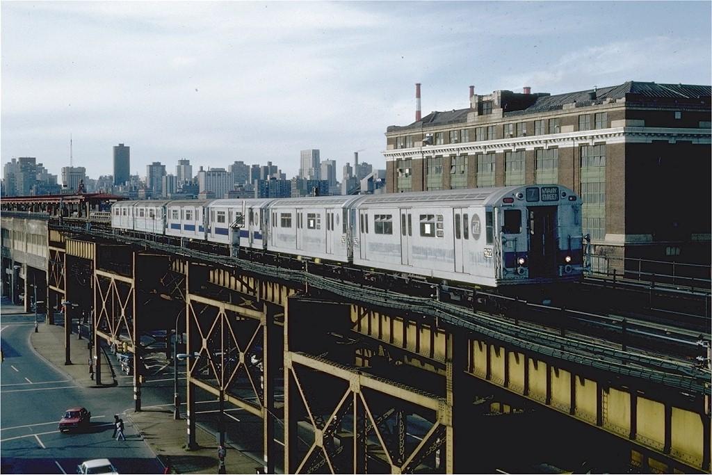 (214k, 1024x683)<br><b>Country:</b> United States<br><b>City:</b> New York<br><b>System:</b> New York City Transit<br><b>Line:</b> IRT Flushing Line<br><b>Location:</b> Queensborough Plaza <br><b>Route:</b> 7<br><b>Car:</b> R-36 World's Fair (St. Louis, 1963-64) 9622 <br><b>Photo by:</b> Steve Zabel<br><b>Collection of:</b> Joe Testagrose<br><b>Date:</b> 10/4/1981<br><b>Viewed (this week/total):</b> 4 / 2653