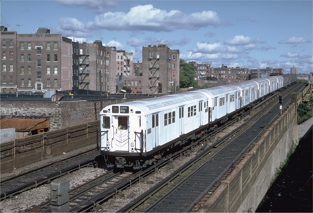 (282k, 1024x697)<br><b>Country:</b> United States<br><b>City:</b> New York<br><b>System:</b> New York City Transit<br><b>Line:</b> IRT Pelham Line<br><b>Location:</b> Whitlock Avenue <br><b>Route:</b> 6<br><b>Car:</b> R-33 Main Line (St. Louis, 1962-63) 9094 <br><b>Photo by:</b> Steve Zabel<br><b>Collection of:</b> Joe Testagrose<br><b>Date:</b> 10/16/1982<br><b>Viewed (this week/total):</b> 10 / 2585