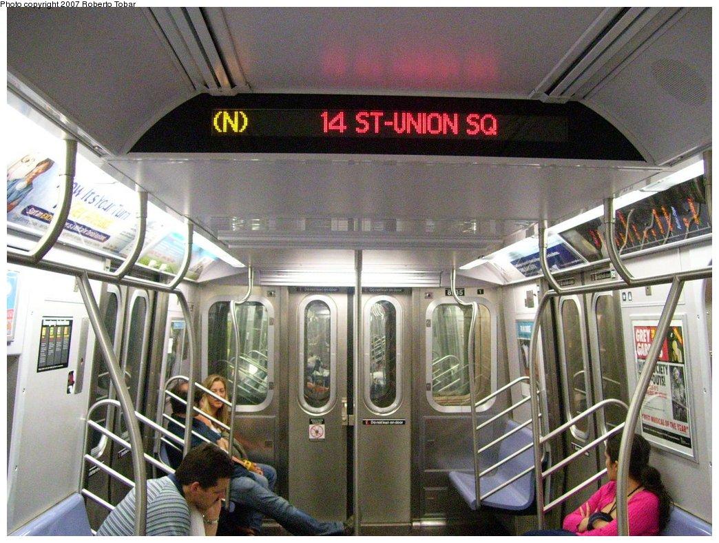 (209k, 1044x788)<br><b>Country:</b> United States<br><b>City:</b> New York<br><b>System:</b> New York City Transit<br><b>Route:</b> N<br><b>Car:</b> R-160B (Kawasaki, 2005-2008)  8735 <br><b>Photo by:</b> Roberto C. Tobar<br><b>Date:</b> 7/4/2007<br><b>Viewed (this week/total):</b> 2 / 2740