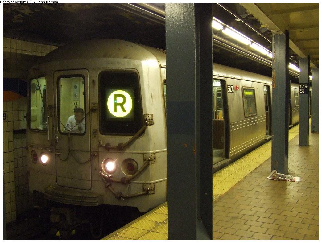 (162k, 1044x788)<br><b>Country:</b> United States<br><b>City:</b> New York<br><b>System:</b> New York City Transit<br><b>Line:</b> IND Queens Boulevard Line<br><b>Location:</b> 179th Street <br><b>Route:</b> R<br><b>Car:</b> R-46 (Pullman-Standard, 1974-75) 5808 <br><b>Photo by:</b> John Barnes<br><b>Date:</b> 6/24/2007<br><b>Viewed (this week/total):</b> 10 / 2864