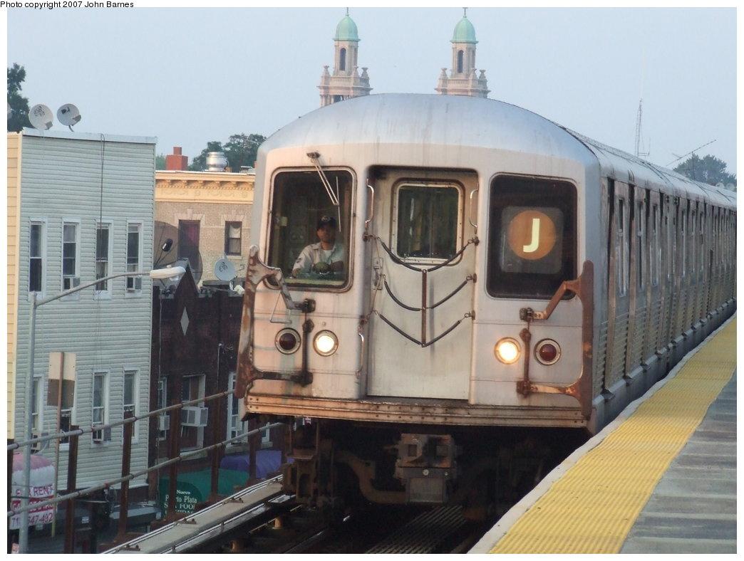 (156k, 1044x788)<br><b>Country:</b> United States<br><b>City:</b> New York<br><b>System:</b> New York City Transit<br><b>Line:</b> BMT Nassau Street/Jamaica Line<br><b>Location:</b> Norwood Avenue <br><b>Route:</b> J<br><b>Car:</b> R-42 (St. Louis, 1969-1970)   <br><b>Photo by:</b> John Barnes<br><b>Date:</b> 6/26/2007<br><b>Viewed (this week/total):</b> 0 / 2308