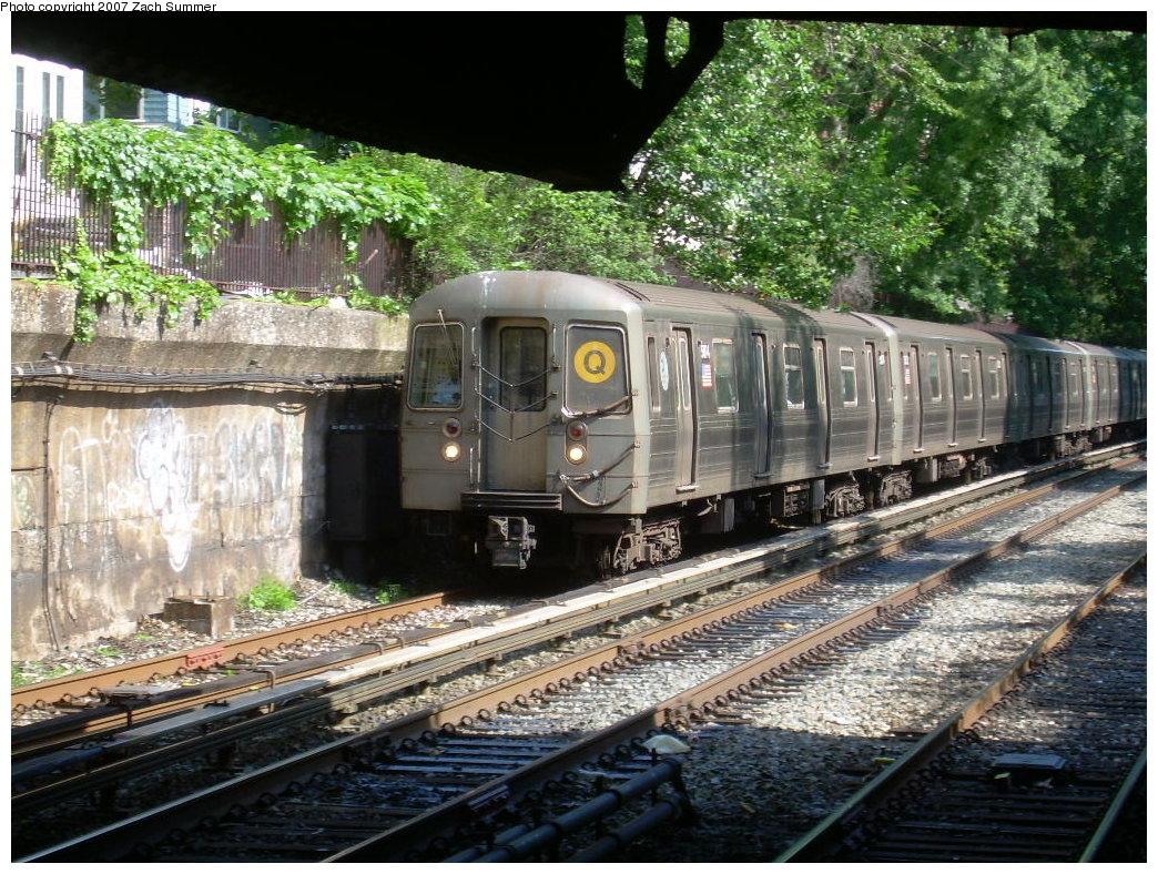 (290k, 1044x788)<br><b>Country:</b> United States<br><b>City:</b> New York<br><b>System:</b> New York City Transit<br><b>Line:</b> BMT Brighton Line<br><b>Location:</b> Newkirk Plaza (fmrly Newkirk Ave.) <br><b>Route:</b> Q<br><b>Car:</b> R-68A (Kawasaki, 1988-1989)  5084 <br><b>Photo by:</b> Zach Summer<br><b>Date:</b> 7/3/2007<br><b>Viewed (this week/total):</b> 1 / 2004