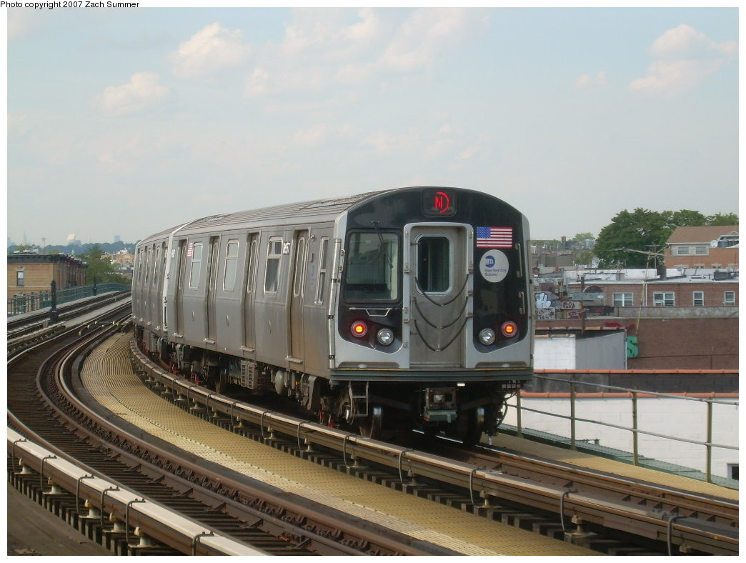 (189k, 1044x788)<br><b>Country:</b> United States<br><b>City:</b> New York<br><b>System:</b> New York City Transit<br><b>Line:</b> BMT West End Line<br><b>Location:</b> 18th Avenue <br><b>Route:</b> N<br><b>Car:</b> R-160A-2 (Alstom, 2005-2008, 5 car sets)  8656 <br><b>Photo by:</b> Zach Summer<br><b>Date:</b> 7/7/2007<br><b>Notes:</b> N reroute over West End.<br><b>Viewed (this week/total):</b> 1 / 2237