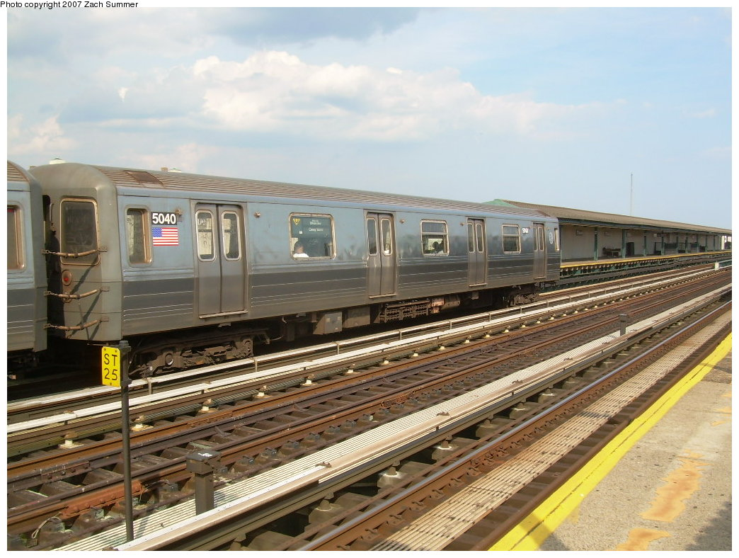 (227k, 1044x788)<br><b>Country:</b> United States<br><b>City:</b> New York<br><b>System:</b> New York City Transit<br><b>Line:</b> BMT West End Line<br><b>Location:</b> 20th Avenue <br><b>Route:</b> N<br><b>Car:</b> R-68A (Kawasaki, 1988-1989)  5040 <br><b>Photo by:</b> Zach Summer<br><b>Date:</b> 7/7/2007<br><b>Notes:</b> N reroute over West End.<br><b>Viewed (this week/total):</b> 0 / 1486