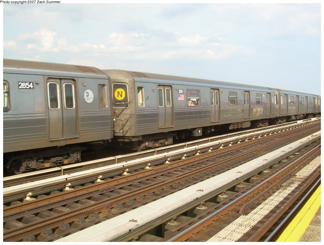 (218k, 1044x788)<br><b>Country:</b> United States<br><b>City:</b> New York<br><b>System:</b> New York City Transit<br><b>Line:</b> BMT West End Line<br><b>Location:</b> 20th Avenue <br><b>Route:</b> N<br><b>Car:</b> R-68 (Westinghouse-Amrail, 1986-1988)  2854 <br><b>Photo by:</b> Zach Summer<br><b>Date:</b> 7/7/2007<br><b>Notes:</b> N reroute over West End.<br><b>Viewed (this week/total):</b> 1 / 2106