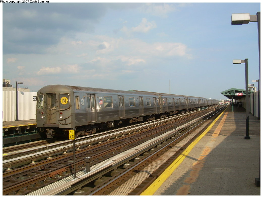 (194k, 1044x788)<br><b>Country:</b> United States<br><b>City:</b> New York<br><b>System:</b> New York City Transit<br><b>Line:</b> BMT West End Line<br><b>Location:</b> 20th Avenue <br><b>Route:</b> N<br><b>Car:</b> R-68A (Kawasaki, 1988-1989)  5070 <br><b>Photo by:</b> Zach Summer<br><b>Date:</b> 7/7/2007<br><b>Notes:</b> N reroute over West End.<br><b>Viewed (this week/total):</b> 0 / 1770