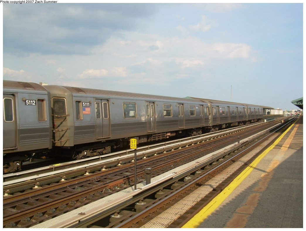 (198k, 1044x788)<br><b>Country:</b> United States<br><b>City:</b> New York<br><b>System:</b> New York City Transit<br><b>Line:</b> BMT West End Line<br><b>Location:</b> 20th Avenue <br><b>Route:</b> N<br><b>Car:</b> R-68A (Kawasaki, 1988-1989)  5111 <br><b>Photo by:</b> Zach Summer<br><b>Date:</b> 7/7/2007<br><b>Notes:</b> N reroute over West End.<br><b>Viewed (this week/total):</b> 1 / 1403