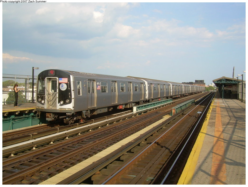 (208k, 1044x788)<br><b>Country:</b> United States<br><b>City:</b> New York<br><b>System:</b> New York City Transit<br><b>Line:</b> BMT West End Line<br><b>Location:</b> 25th Avenue <br><b>Route:</b> N<br><b>Car:</b> R-160B (Kawasaki, 2005-2008)  8713 <br><b>Photo by:</b> Zach Summer<br><b>Date:</b> 7/7/2007<br><b>Notes:</b> N reroute over West End.<br><b>Viewed (this week/total):</b> 0 / 1778