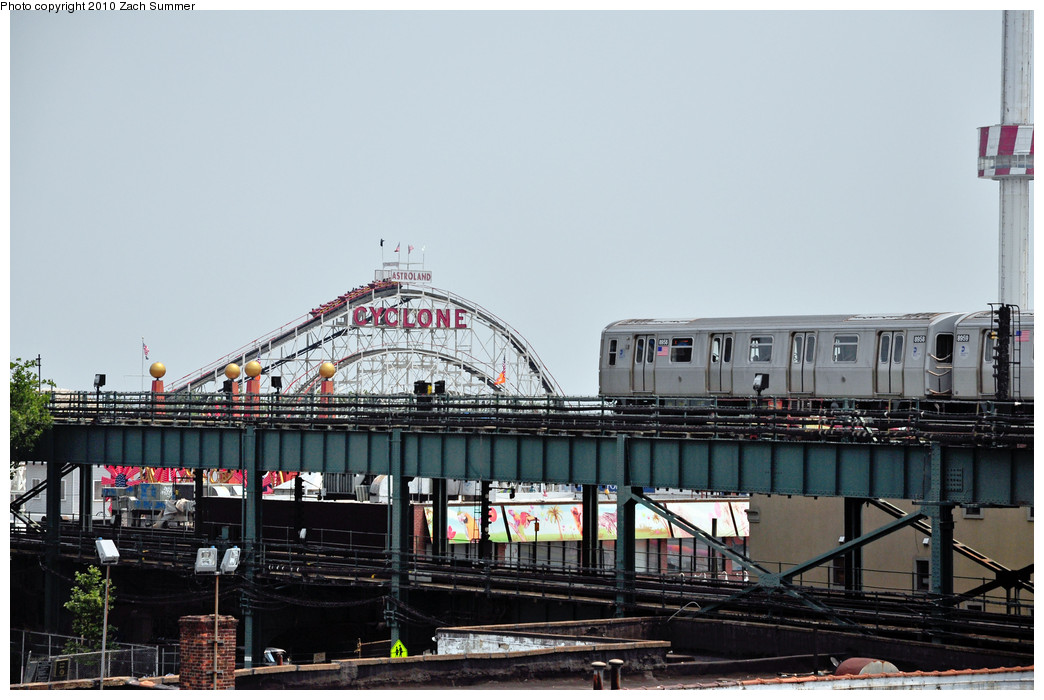 (224k, 1044x700)<br><b>Country:</b> United States<br><b>City:</b> New York<br><b>System:</b> New York City Transit<br><b>Location:</b> Coney Island/Stillwell Avenue<br><b>Route:</b> Q<br><b>Car:</b> R-160B (Kawasaki, 2005-2008)  8958 <br><b>Photo by:</b> Zach Summer<br><b>Date:</b> 6/27/2010<br><b>Viewed (this week/total):</b> 0 / 1834