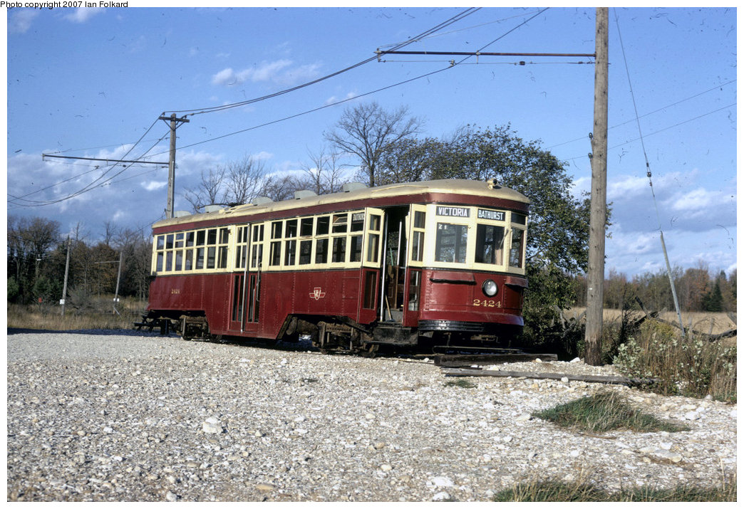 (276k, 1044x715)<br><b>Country:</b> Canada<br><b>City:</b> Toronto<br><b>System:</b> Halton County Radial Railway <br><b>Car:</b> TTC Witt 2424 <br><b>Photo by:</b> Ian Folkard<br><b>Date:</b> 2/1974<br><b>Notes:</b> Large TCC Peter Witt streetcar at the west end of the property, before the construction of the loops and the carbarns.<br><b>Viewed (this week/total):</b> 1 / 1251