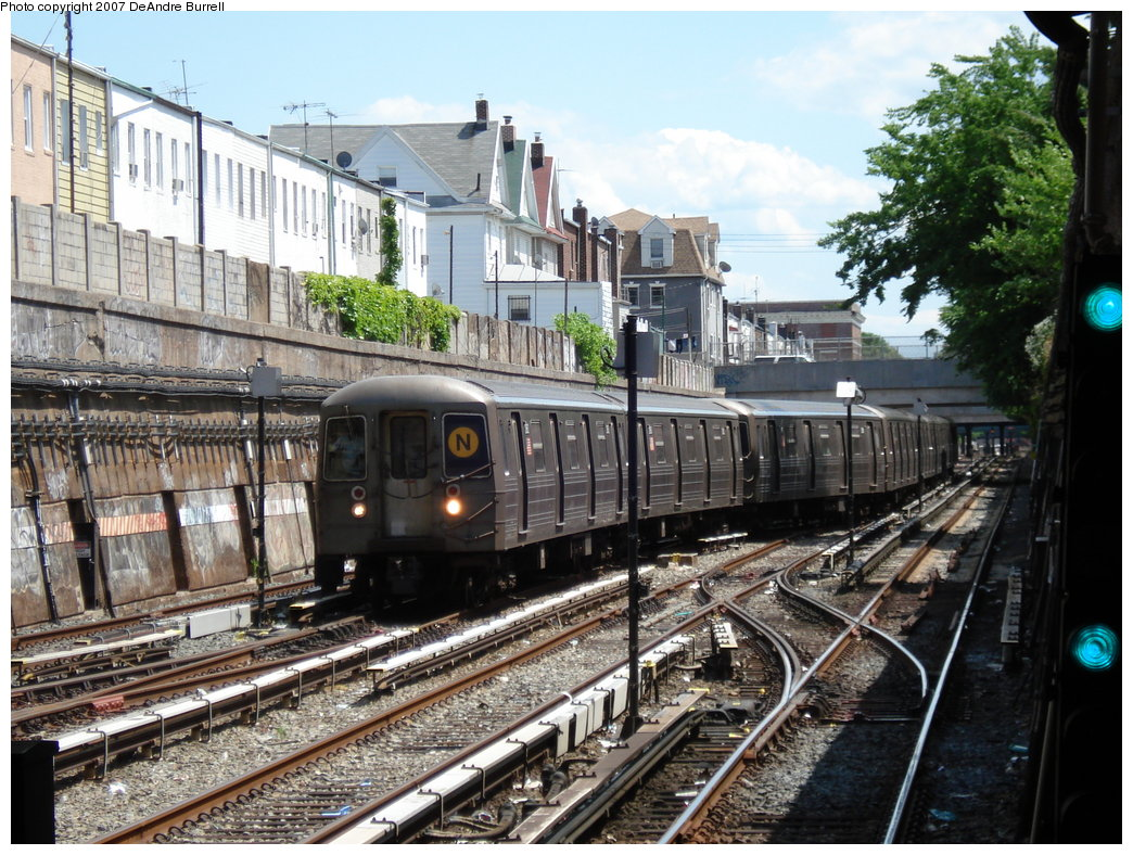 (250k, 1044x788)<br><b>Country:</b> United States<br><b>City:</b> New York<br><b>System:</b> New York City Transit<br><b>Line:</b> BMT Sea Beach Line<br><b>Location:</b> Kings Highway <br><b>Route:</b> N<br><b>Car:</b> R-68 (Westinghouse-Amrail, 1986-1988)   <br><b>Photo by:</b> DeAndre Burrell<br><b>Date:</b> 6/23/2007<br><b>Notes:</b> N train relaying back at Kings Highway, due to emergency track work at Coney Island.<br><b>Viewed (this week/total):</b> 0 / 3671