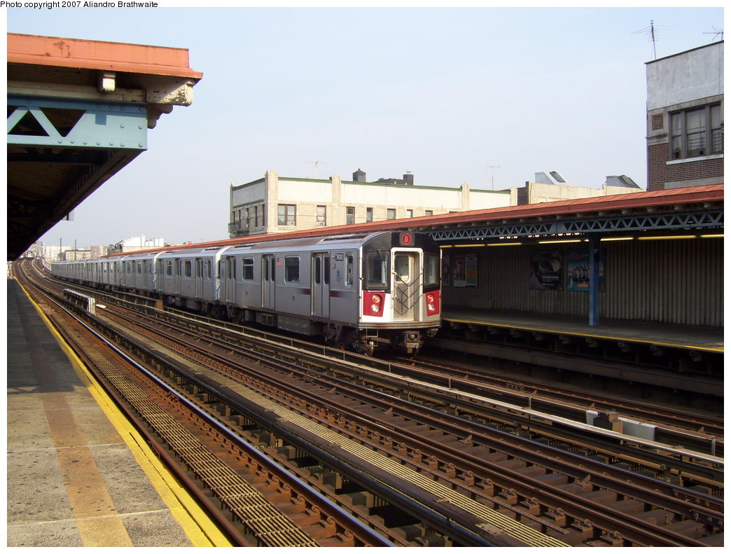 (210k, 1044x791)<br><b>Country:</b> United States<br><b>City:</b> New York<br><b>System:</b> New York City Transit<br><b>Line:</b> IRT Pelham Line<br><b>Location:</b> Elder Avenue <br><b>Route:</b> 6<br><b>Car:</b> R-142A (Primary Order, Kawasaki, 1999-2002)  7600 <br><b>Photo by:</b> Aliandro Brathwaite<br><b>Date:</b> 7/9/2007<br><b>Viewed (this week/total):</b> 0 / 2947