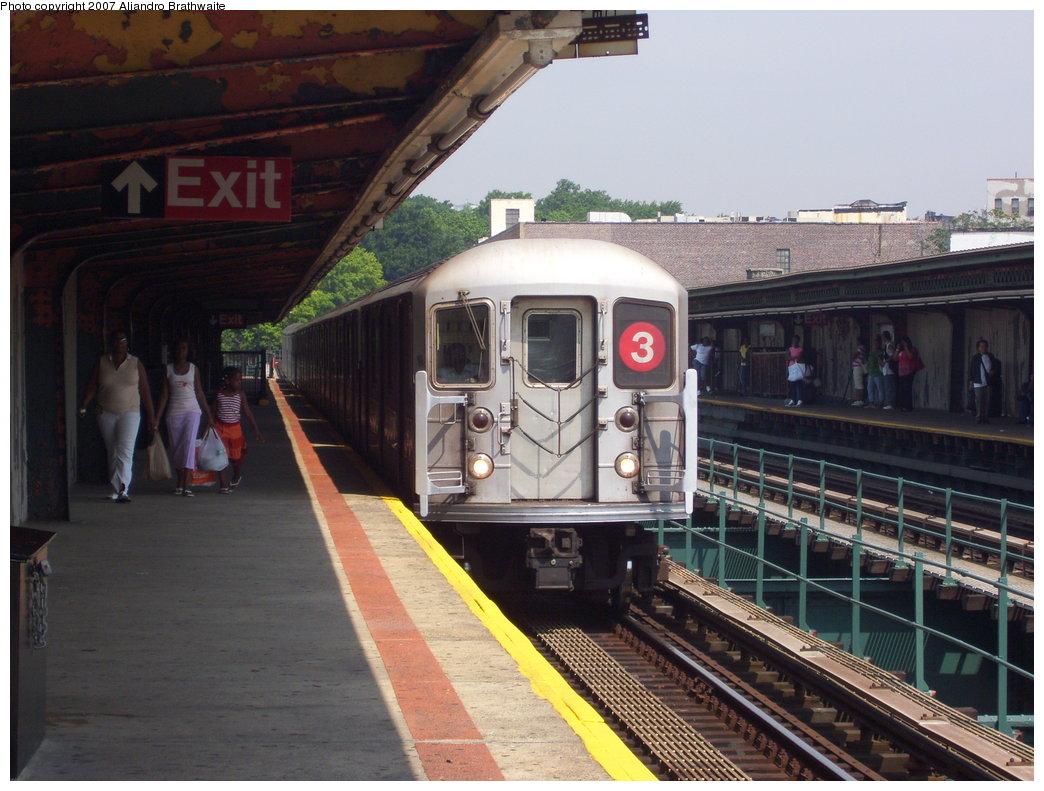 (188k, 1044x791)<br><b>Country:</b> United States<br><b>City:</b> New York<br><b>System:</b> New York City Transit<br><b>Line:</b> IRT Brooklyn Line<br><b>Location:</b> Sutter Avenue/Rutland Road <br><b>Route:</b> 3<br><b>Car:</b> R-62A (Bombardier, 1984-1987)  1625 <br><b>Photo by:</b> Aliandro Brathwaite<br><b>Date:</b> 7/9/2007<br><b>Viewed (this week/total):</b> 0 / 2817