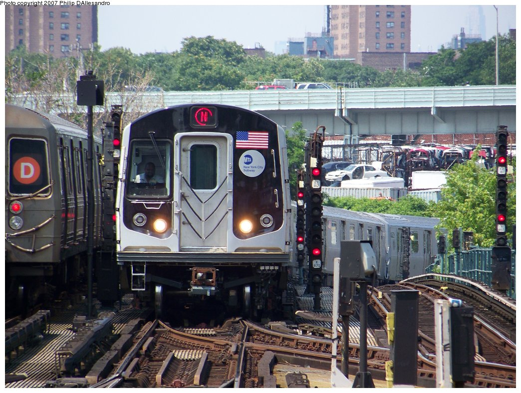 (235k, 1044x788)<br><b>Country:</b> United States<br><b>City:</b> New York<br><b>System:</b> New York City Transit<br><b>Location:</b> Coney Island/Stillwell Avenue<br><b>Route:</b> N<br><b>Car:</b> R-160B (Kawasaki, 2005-2008)  8733 <br><b>Photo by:</b> Philip D'Allesandro<br><b>Date:</b> 7/14/2007<br><b>Viewed (this week/total):</b> 1 / 2990