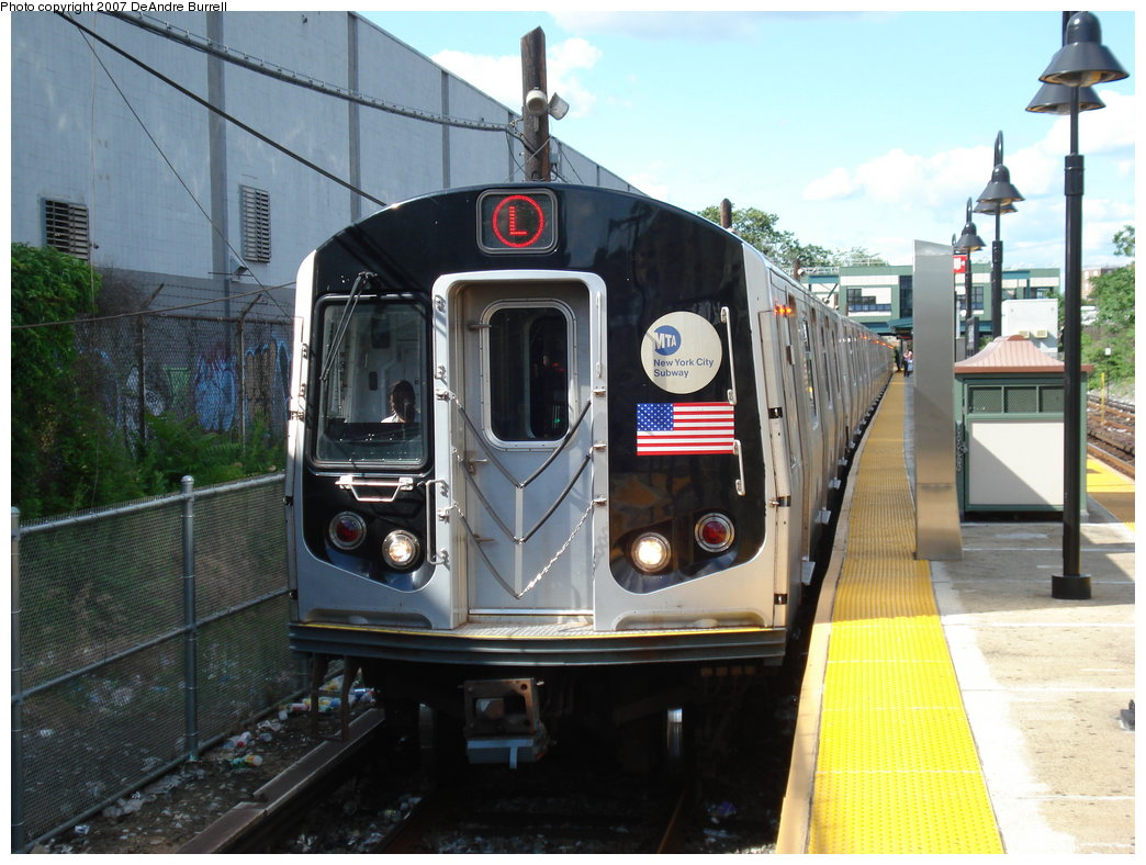 (192k, 1044x788)<br><b>Country:</b> United States<br><b>City:</b> New York<br><b>System:</b> New York City Transit<br><b>Line:</b> BMT Canarsie Line<br><b>Location:</b> East 105th Street <br><b>Route:</b> L<br><b>Car:</b> R-143 (Kawasaki, 2001-2002)  <br><b>Photo by:</b> DeAndre Burrell<br><b>Date:</b> 6/23/2007<br><b>Viewed (this week/total):</b> 1 / 2335