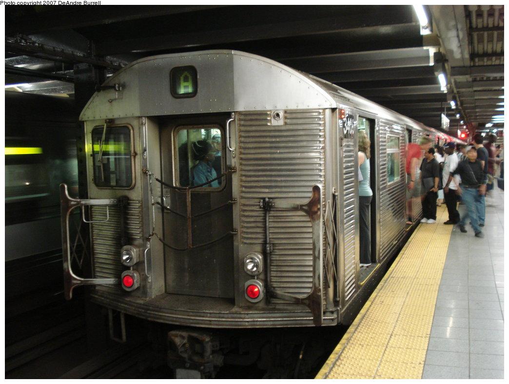 (170k, 1044x788)<br><b>Country:</b> United States<br><b>City:</b> New York<br><b>System:</b> New York City Transit<br><b>Line:</b> IND 8th Avenue Line<br><b>Location:</b> 14th Street <br><b>Route:</b> A<br><b>Car:</b> R-32 (Budd, 1964)  3406 <br><b>Photo by:</b> DeAndre Burrell<br><b>Date:</b> 6/23/2007<br><b>Viewed (this week/total):</b> 0 / 2689