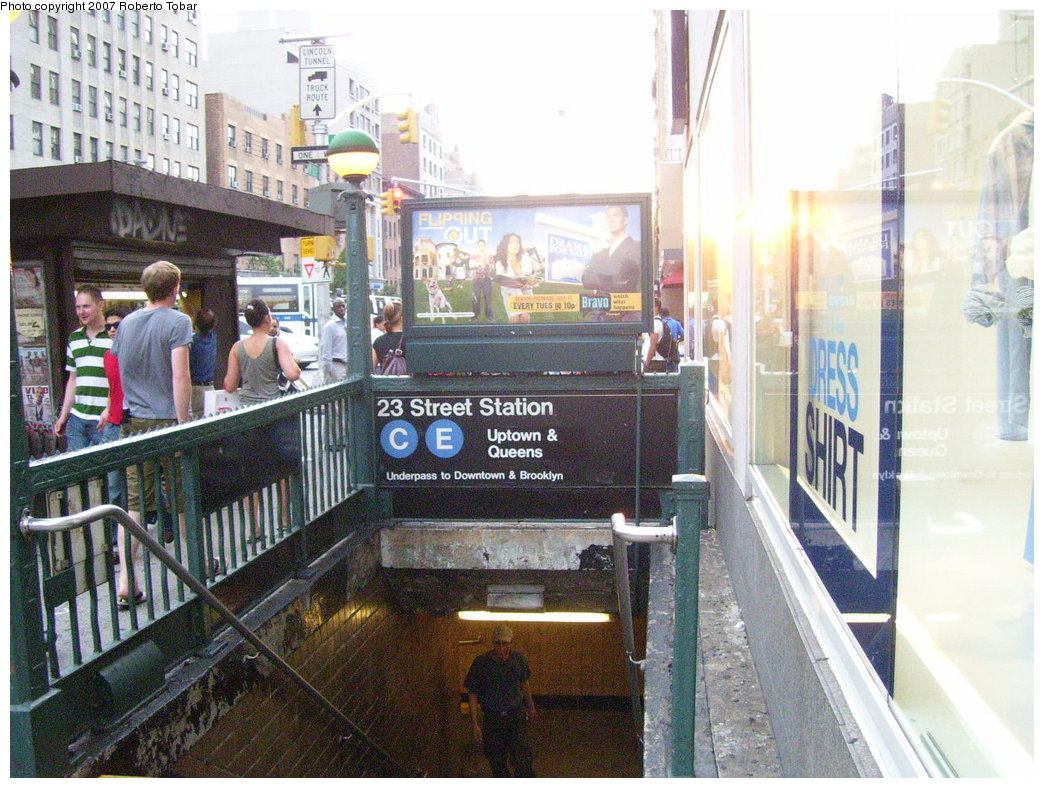 (219k, 1044x788)<br><b>Country:</b> United States<br><b>City:</b> New York<br><b>System:</b> New York City Transit<br><b>Line:</b> IND 8th Avenue Line<br><b>Location:</b> 23rd Street <br><b>Photo by:</b> Roberto C. Tobar<br><b>Date:</b> 7/19/2007<br><b>Notes:</b> Station entrance.<br><b>Viewed (this week/total):</b> 3 / 2824