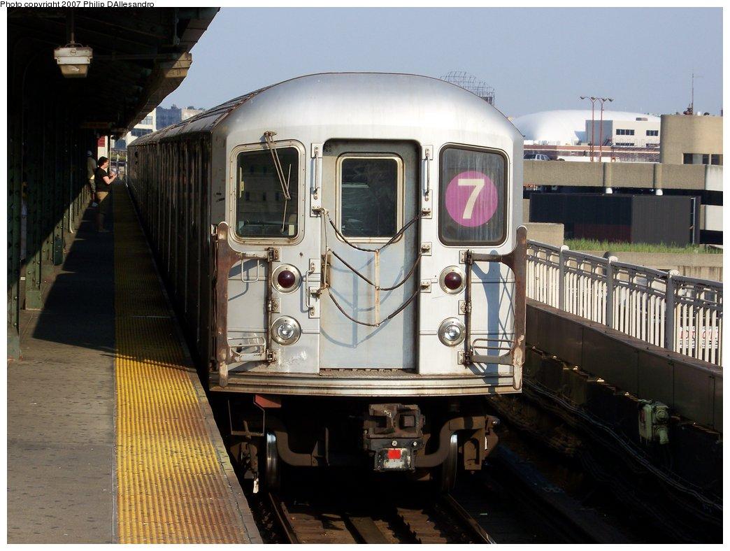 (170k, 1044x788)<br><b>Country:</b> United States<br><b>City:</b> New York<br><b>System:</b> New York City Transit<br><b>Line:</b> IRT Flushing Line<br><b>Location:</b> Queensborough Plaza <br><b>Route:</b> 7<br><b>Car:</b> R-62A (Bombardier, 1984-1987)   <br><b>Photo by:</b> Philip D'Allesandro<br><b>Date:</b> 7/14/2007<br><b>Viewed (this week/total):</b> 2 / 1639