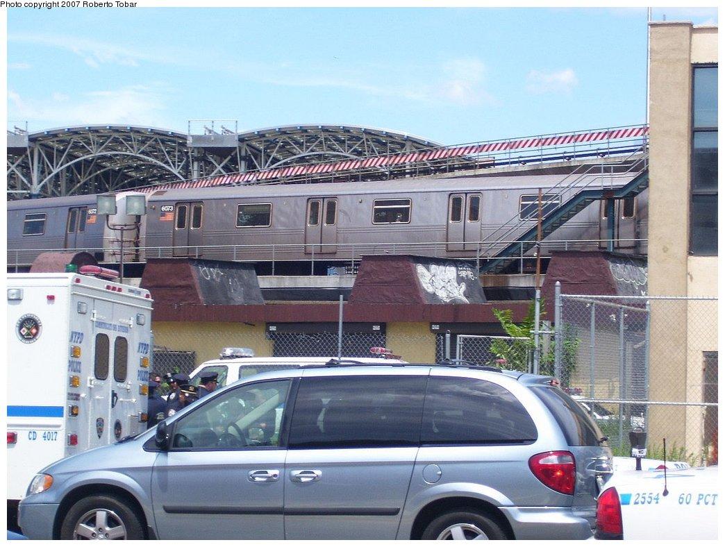 (188k, 1044x788)<br><b>Country:</b> United States<br><b>City:</b> New York<br><b>System:</b> New York City Transit<br><b>Location:</b> Coney Island/Stillwell Avenue<br><b>Route:</b> F<br><b>Car:</b> R-46 (Pullman-Standard, 1974-75) 6073 <br><b>Photo by:</b> Roberto C. Tobar<br><b>Date:</b> 7/21/2007<br><b>Viewed (this week/total):</b> 0 / 2436
