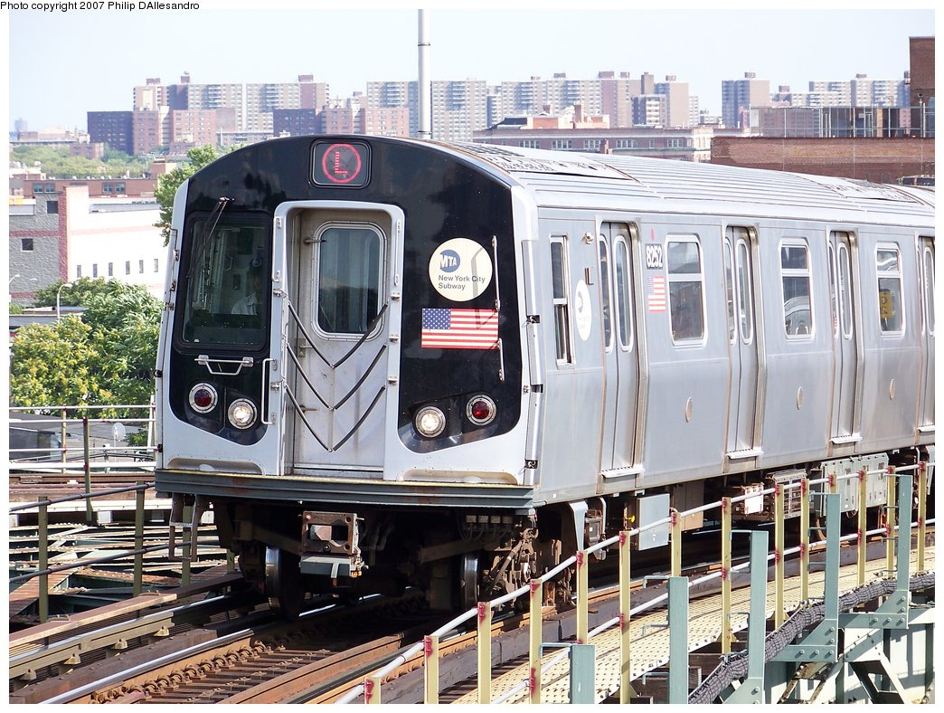 (251k, 1044x788)<br><b>Country:</b> United States<br><b>City:</b> New York<br><b>System:</b> New York City Transit<br><b>Line:</b> BMT Canarsie Line<br><b>Location:</b> Broadway Junction <br><b>Route:</b> L<br><b>Car:</b> R-143 (Kawasaki, 2001-2002) 8252 <br><b>Photo by:</b> Philip D'Allesandro<br><b>Date:</b> 7/20/2007<br><b>Viewed (this week/total):</b> 0 / 1989
