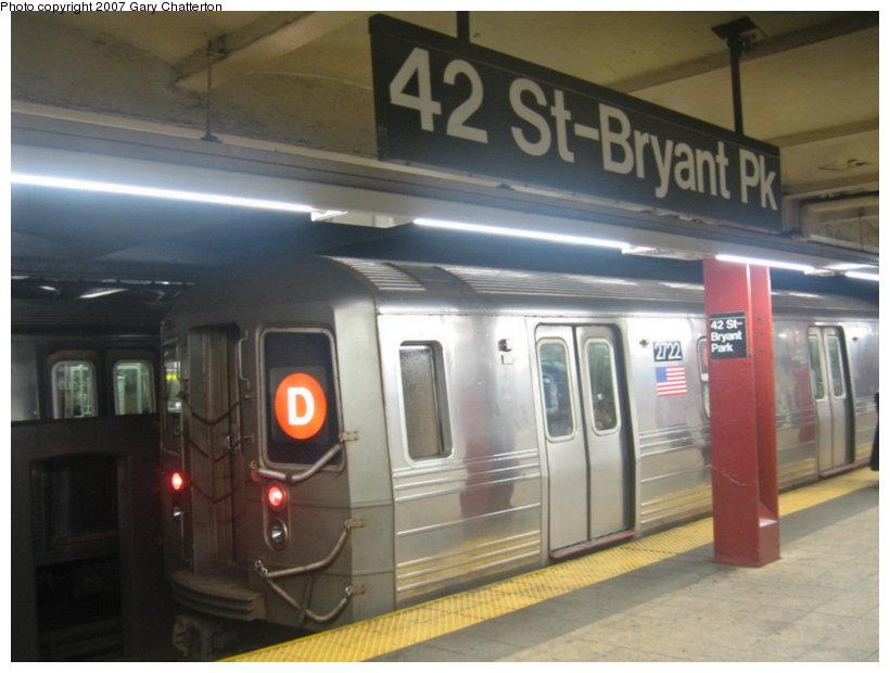 (89k, 820x620)<br><b>Country:</b> United States<br><b>City:</b> New York<br><b>System:</b> New York City Transit<br><b>Line:</b> IND 6th Avenue Line<br><b>Location:</b> 42nd Street/Bryant Park <br><b>Route:</b> D<br><b>Car:</b> R-68 (Westinghouse-Amrail, 1986-1988)  2722 <br><b>Photo by:</b> Gary Chatterton<br><b>Date:</b> 7/13/2007<br><b>Viewed (this week/total):</b> 0 / 2470