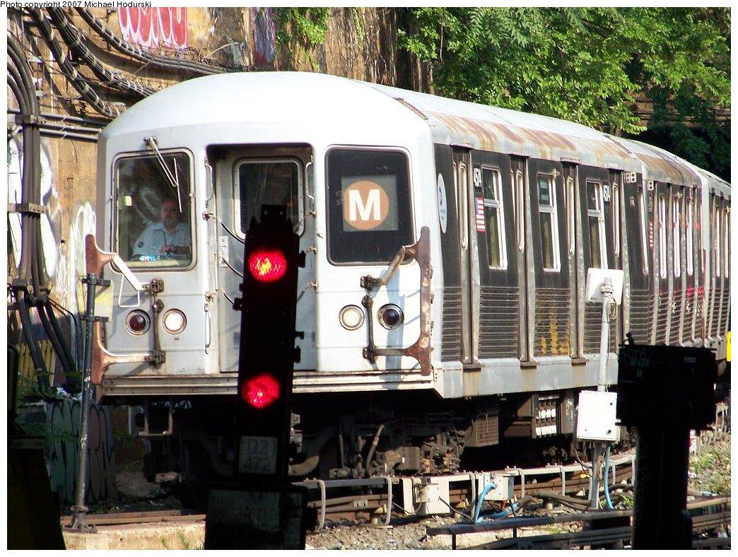 (251k, 1044x788)<br><b>Country:</b> United States<br><b>City:</b> New York<br><b>System:</b> New York City Transit<br><b>Line:</b> BMT West End Line<br><b>Location:</b> Open cut at 4th Ave Bet. 38th & 39th Sts <br><b>Route:</b> M<br><b>Car:</b> R-42 (St. Louis, 1969-1970)  4574 <br><b>Photo by:</b> Michael Hodurski<br><b>Date:</b> 7/17/2007<br><b>Viewed (this week/total):</b> 2 / 1255