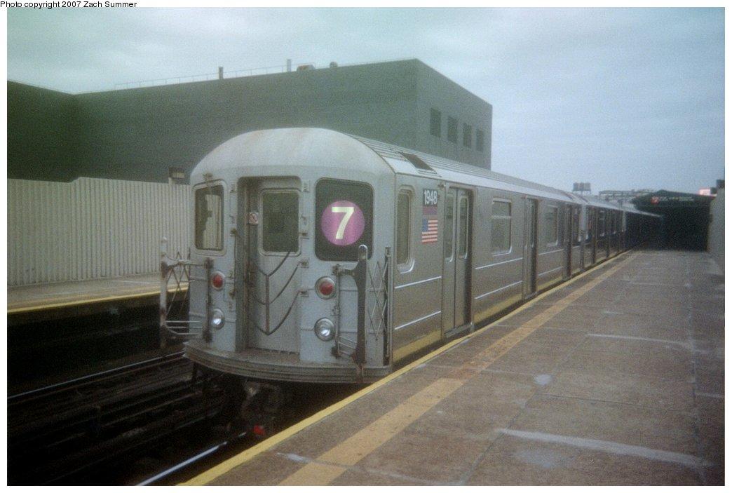 (111k, 1044x703)<br><b>Country:</b> United States<br><b>City:</b> New York<br><b>System:</b> New York City Transit<br><b>Line:</b> IRT Flushing Line<br><b>Location:</b> Court House Square/45th Road <br><b>Route:</b> 7<br><b>Car:</b> R-62A (Bombardier, 1984-1987)  1948 <br><b>Photo by:</b> Zach Summer<br><b>Date:</b> 2/2006<br><b>Viewed (this week/total):</b> 0 / 1484