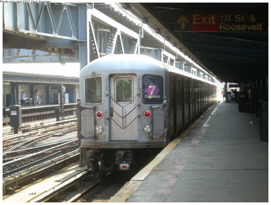 (201k, 1044x788)<br><b>Country:</b> United States<br><b>City:</b> New York<br><b>System:</b> New York City Transit<br><b>Line:</b> IRT Flushing Line<br><b>Location:</b> 111th Street <br><b>Route:</b> 7<br><b>Car:</b> R-62A (Bombardier, 1984-1987)   <br><b>Photo by:</b> Zach Summer<br><b>Date:</b> 6/18/2007<br><b>Viewed (this week/total):</b> 3 / 2498