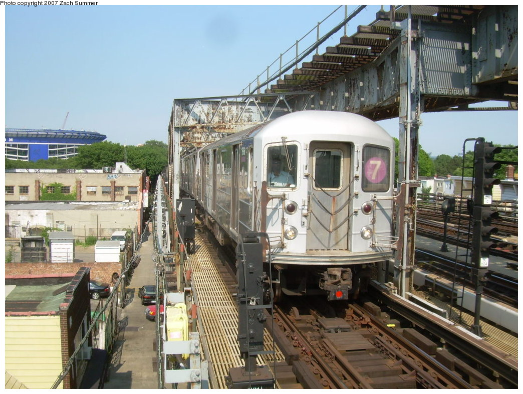 (265k, 1044x788)<br><b>Country:</b> United States<br><b>City:</b> New York<br><b>System:</b> New York City Transit<br><b>Line:</b> IRT Flushing Line<br><b>Location:</b> 111th Street <br><b>Route:</b> 7<br><b>Car:</b> R-62A (Bombardier, 1984-1987)   <br><b>Photo by:</b> Zach Summer<br><b>Date:</b> 6/18/2007<br><b>Viewed (this week/total):</b> 0 / 2820