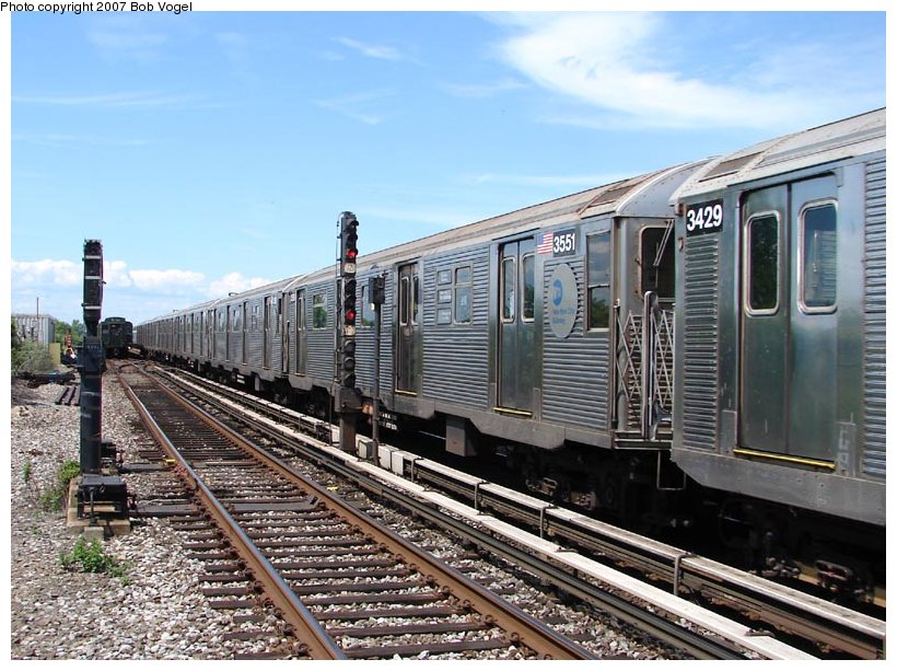 (132k, 820x613)<br><b>Country:</b> United States<br><b>City:</b> New York<br><b>System:</b> New York City Transit<br><b>Line:</b> IND Rockaway<br><b>Location:</b> Broad Channel <br><b>Route:</b> A<br><b>Car:</b> R-32 (Budd, 1964)  3551 <br><b>Photo by:</b> Bob Vogel<br><b>Date:</b> 7/22/2007<br><b>Viewed (this week/total):</b> 0 / 1928