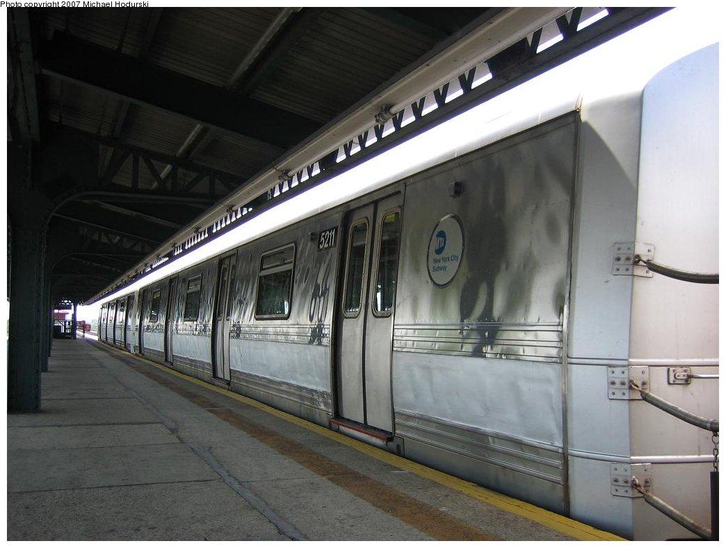 (144k, 1044x788)<br><b>Country:</b> United States<br><b>City:</b> New York<br><b>System:</b> New York City Transit<br><b>Line:</b> IND Rockaway<br><b>Location:</b> Rockaway Park/Beach 116th Street <br><b>Route:</b> A<br><b>Car:</b> R-44 (St. Louis, 1971-73) 5211 <br><b>Photo by:</b> Michael Hodurski<br><b>Date:</b> 7/30/2006<br><b>Viewed (this week/total):</b> 0 / 1989