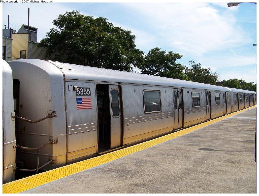 (208k, 1044x788)<br><b>Country:</b> United States<br><b>City:</b> New York<br><b>System:</b> New York City Transit<br><b>Line:</b> IND Rockaway<br><b>Location:</b> Rockaway Park/Beach 116th Street <br><b>Route:</b> A<br><b>Car:</b> R-44 (St. Louis, 1971-73) 5355 <br><b>Photo by:</b> Michael Hodurski<br><b>Date:</b> 7/22/2007<br><b>Viewed (this week/total):</b> 0 / 1889