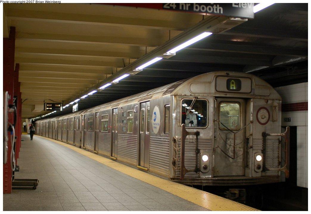 (187k, 1044x719)<br><b>Country:</b> United States<br><b>City:</b> New York<br><b>System:</b> New York City Transit<br><b>Line:</b> IND 8th Avenue Line<br><b>Location:</b> 207th Street <br><b>Route:</b> A<br><b>Car:</b> R-38 (St. Louis, 1966-1967)  4077 <br><b>Photo by:</b> Brian Weinberg<br><b>Date:</b> 7/24/2007<br><b>Viewed (this week/total):</b> 0 / 1690