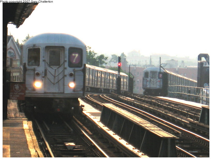 (96k, 820x620)<br><b>Country:</b> United States<br><b>City:</b> New York<br><b>System:</b> New York City Transit<br><b>Line:</b> IRT Flushing Line<br><b>Location:</b> 52nd Street/Lincoln Avenue <br><b>Route:</b> 7<br><b>Car:</b> R-62A (Bombardier, 1984-1987)  1696/1811 <br><b>Photo by:</b> Gary Chatterton<br><b>Date:</b> 7/9/2007<br><b>Viewed (this week/total):</b> 1 / 2049