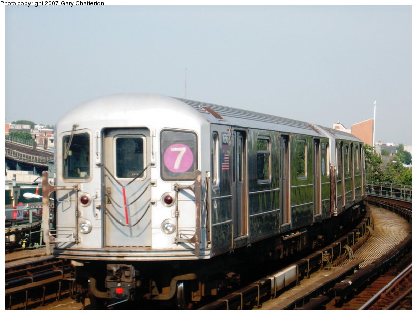 (99k, 820x620)<br><b>Country:</b> United States<br><b>City:</b> New York<br><b>System:</b> New York City Transit<br><b>Line:</b> IRT Flushing Line<br><b>Location:</b> 46th Street/Bliss Street <br><b>Route:</b> 7<br><b>Car:</b> R-62A (Bombardier, 1984-1987)  1666 <br><b>Photo by:</b> Gary Chatterton<br><b>Date:</b> 7/9/2007<br><b>Viewed (this week/total):</b> 0 / 1519