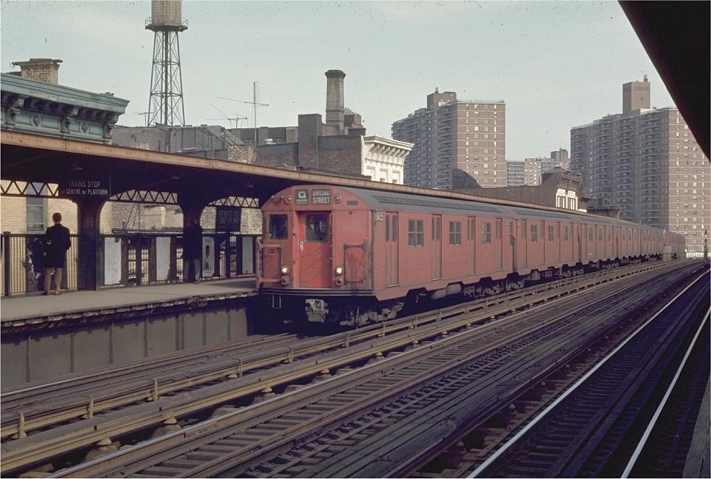 (209k, 1024x691)<br><b>Country:</b> United States<br><b>City:</b> New York<br><b>System:</b> New York City Transit<br><b>Line:</b> BMT Nassau Street/Jamaica Line<br><b>Location:</b> Hewes Street <br><b>Route:</b> QJ<br><b>Car:</b> R-30 (St. Louis, 1961) 8455 <br><b>Photo by:</b> Joe Testagrose<br><b>Date:</b> 3/28/1970<br><b>Viewed (this week/total):</b> 0 / 1916