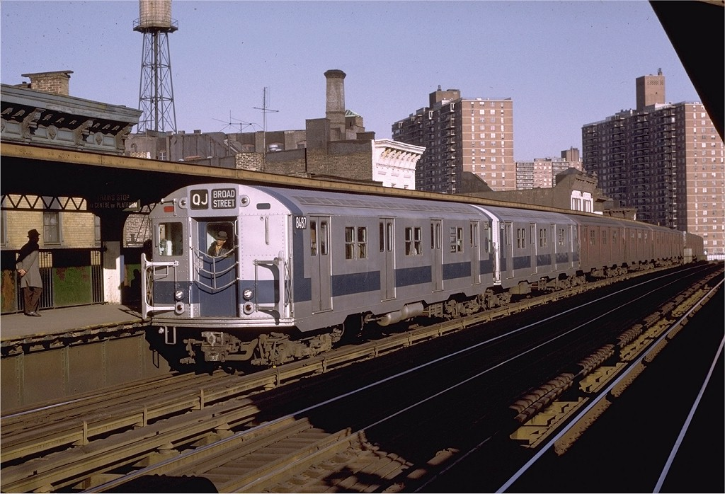 (211k, 1024x698)<br><b>Country:</b> United States<br><b>City:</b> New York<br><b>System:</b> New York City Transit<br><b>Line:</b> BMT Nassau Street/Jamaica Line<br><b>Location:</b> Hewes Street <br><b>Route:</b> QJ<br><b>Car:</b> R-30 (St. Louis, 1961) 8487 <br><b>Photo by:</b> Joe Testagrose<br><b>Date:</b> 3/27/1971<br><b>Viewed (this week/total):</b> 2 / 1783