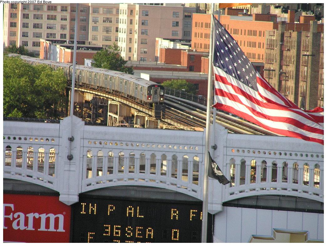 (236k, 1044x786)<br><b>Country:</b> United States<br><b>City:</b> New York<br><b>System:</b> New York City Transit<br><b>Line:</b> IRT Woodlawn Line<br><b>Location:</b> 161st Street/River Avenue (Yankee Stadium) <br><b>Photo by:</b> Ed Bove<br><b>Date:</b> 7/21/2007<br><b>Notes:</b> View from Yankee Stadium upper deck.<br><b>Viewed (this week/total):</b> 0 / 3718