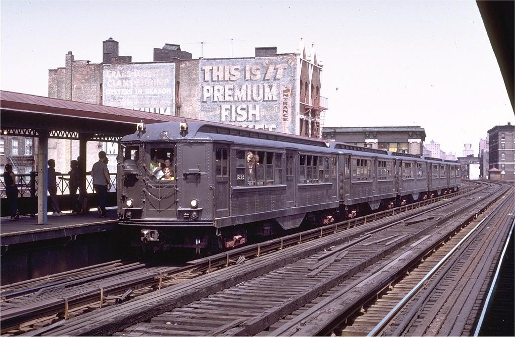(234k, 1024x670)<br><b>Country:</b> United States<br><b>City:</b> New York<br><b>System:</b> New York City Transit<br><b>Line:</b> 3rd Avenue El<br><b>Location:</b> 161st Street <br><b>Route:</b> Fan Trip<br><b>Car:</b> Low-V (Museum Train) 5292 <br><b>Photo by:</b> Joe Testagrose<br><b>Date:</b> 8/5/1972<br><b>Viewed (this week/total):</b> 0 / 4003