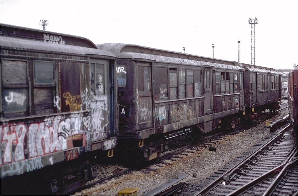 (203k, 1024x674)<br><b>Country:</b> United States<br><b>City:</b> New York<br><b>System:</b> New York City Transit<br><b>Location:</b> Westchester Yard<br><b>Car:</b> Low-V 35337 (ex-5337)<br><b>Collection of:</b> Joe Testagrose<br><b>Date:</b> 11/3/1979<br><b>Notes:</b> Work Motor 35337<br><b>Viewed (this week/total):</b> 3 / 3929