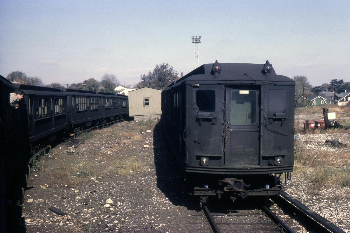 (523k, 1024x683)<br><b>Country:</b> United States<br><b>City:</b> New York<br><b>System:</b> New York City Transit<br><b>Location:</b> 239th Street Yard<br><b>Car:</b> Low-V 5405 <br><b>Collection of:</b> David Pirmann<br><b>Date:</b> 10/24/1964<br><b>Viewed (this week/total):</b> 1 / 3391