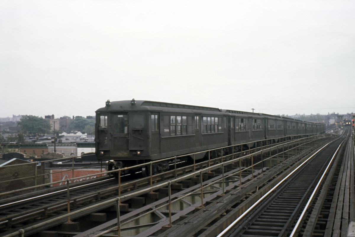 (410k, 1024x683)<br><b>Country:</b> United States<br><b>City:</b> New York<br><b>System:</b> New York City Transit<br><b>Line:</b> IRT Brooklyn Line<br><b>Location:</b> Van Siclen Avenue <br><b>Route:</b> 3<br><b>Car:</b> Low-V 5464 <br><b>Collection of:</b> David Pirmann<br><b>Date:</b> 9/4/1963<br><b>Viewed (this week/total):</b> 0 / 4083