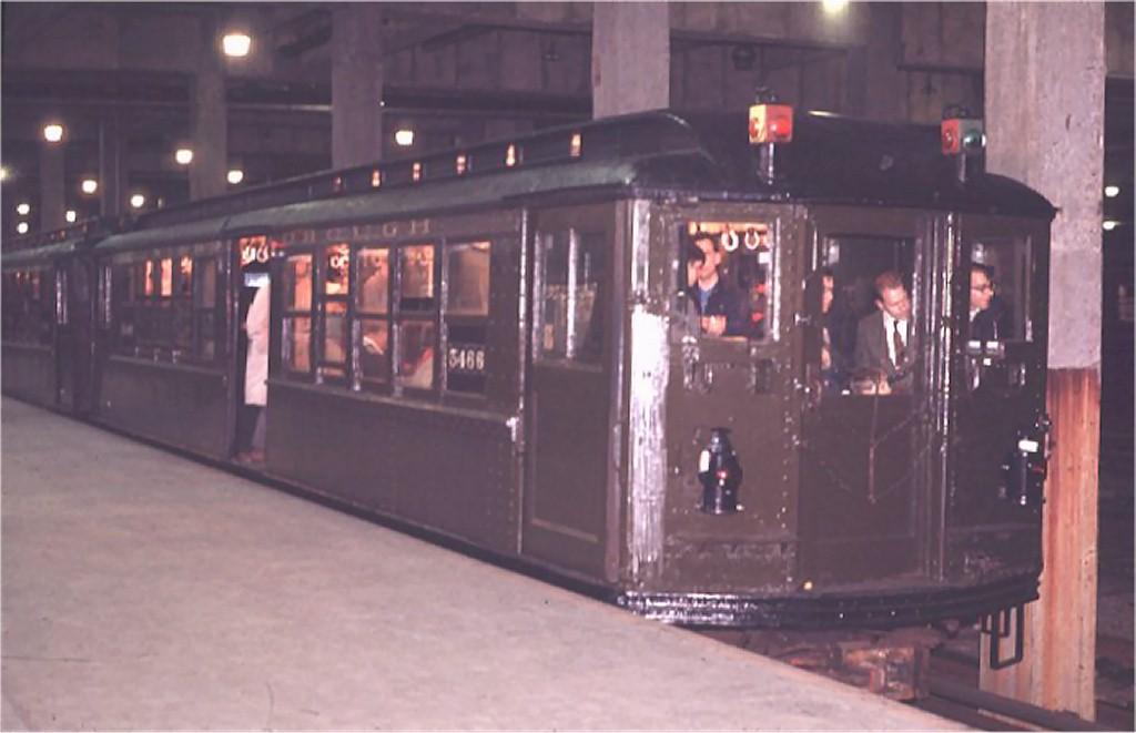 (119k, 1024x661)<br><b>Country:</b> United States<br><b>City:</b> New York<br><b>System:</b> New York City Transit<br><b>Line:</b> IRT Lenox Line<br><b>Location:</b> 148th Street/Lenox Terminal <br><b>Route:</b> Fan Trip<br><b>Car:</b> Low-V (Museum Train) 5466 <br><b>Photo by:</b> Joe Testagrose<br><b>Date:</b> 4/25/1970<br><b>Viewed (this week/total):</b> 1 / 5052