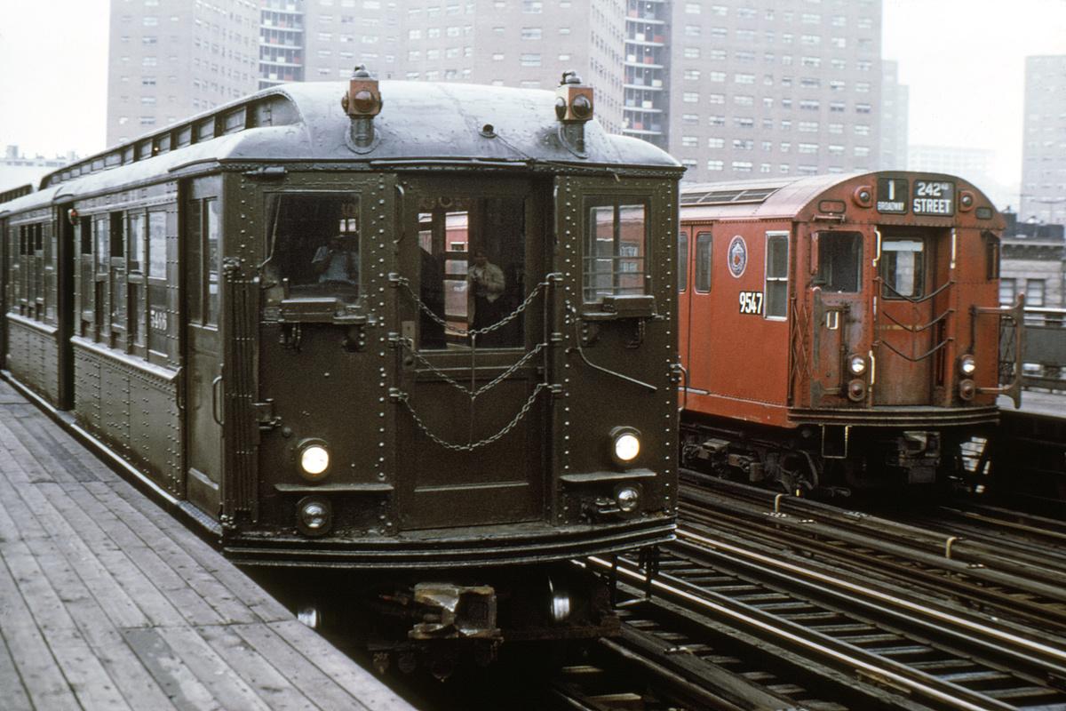 (151k, 1024x685)<br><b>Country:</b> United States<br><b>City:</b> New York<br><b>System:</b> New York City Transit<br><b>Line:</b> IRT West Side Line<br><b>Location:</b> 125th Street <br><b>Route:</b> Fan Trip<br><b>Car:</b> Low-V (Museum Train) 5466 <br><b>Photo by:</b> Joe Testagrose<br><b>Date:</b> 7/11/1970<br><b>Viewed (this week/total):</b> 2 / 3224