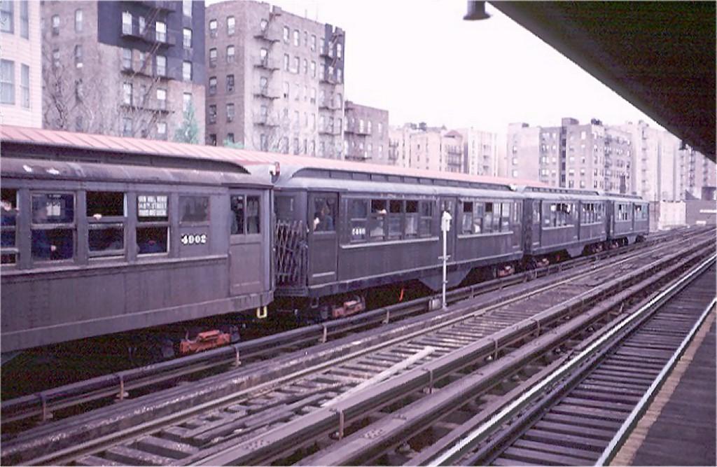 (186k, 1024x667)<br><b>Country:</b> United States<br><b>City:</b> New York<br><b>System:</b> New York City Transit<br><b>Line:</b> 3rd Avenue El<br><b>Location:</b> 210th Street <br><b>Route:</b> Fan Trip<br><b>Car:</b> Low-V (Museum Train) 5466 <br><b>Photo by:</b> Doug Grotjahn<br><b>Collection of:</b> Joe Testagrose<br><b>Date:</b> 4/29/1973<br><b>Notes:</b> Fantrip held day after closure of 3rd Avenue El<br><b>Viewed (this week/total):</b> 3 / 3879